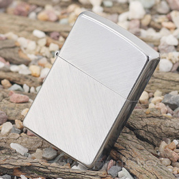 Запальничка Zippo – Ялинкові голки (Herringbone Sweep)